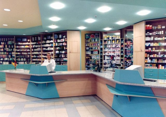 ανακαινιση φαρμακειων
